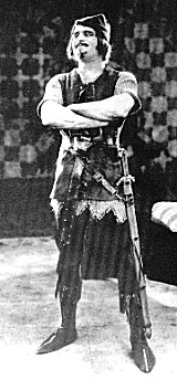 Douglas Fairbanks as Robin